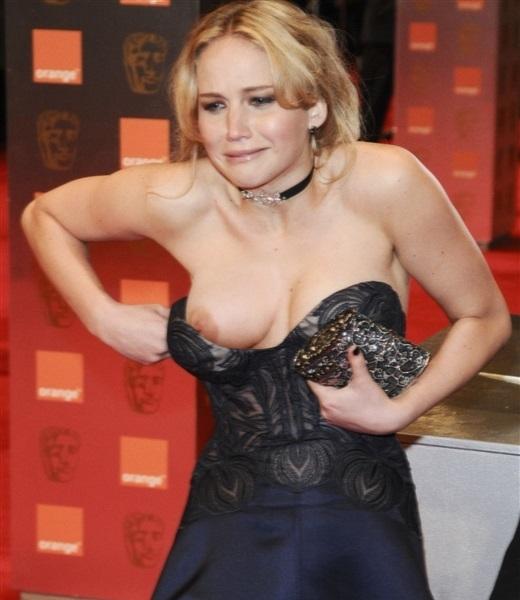 【ポロリ画像】外人さんの素人とハリウッド女優のおっぱいポロリを見比べてみよう!! 08