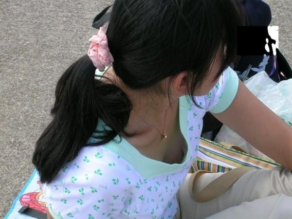 【エロ画像】世界中のエロいおっぱいハプニングを集めてみましたww 09