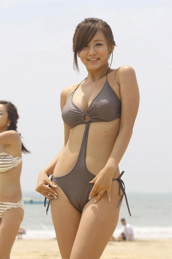 【エロ画像】女の子たちの楽しい&恥ずかしいマンスジハプニング画像集めてみましたWW 09