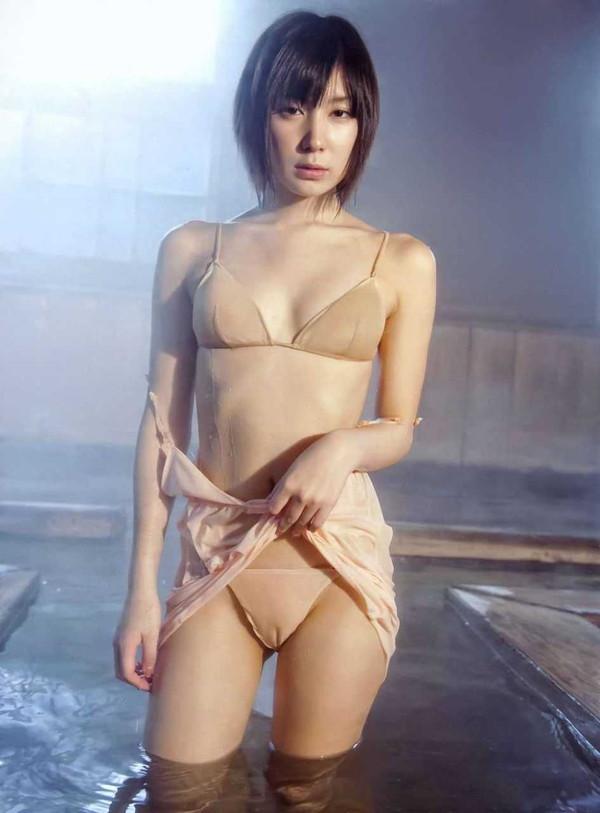 【エロ画像】女の子たちの楽しい&恥ずかしいマンスジハプニング画像集めてみましたWW 15