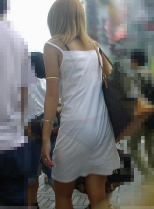 【スケスケエロ画像】女の子達のスケスケエロいばっかのハプニング画像を追及した結果ww 01
