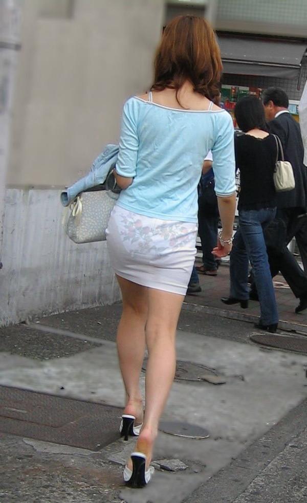 【スケスケエロ画像】女の子達のスケスケエロいばっかのハプニング画像を追及した結果ww 03