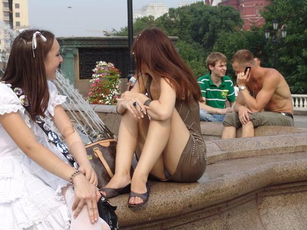 【パンチラ画像】いろんな女の子達のいろんなパターンのパンチラ画像を集めてみました 07