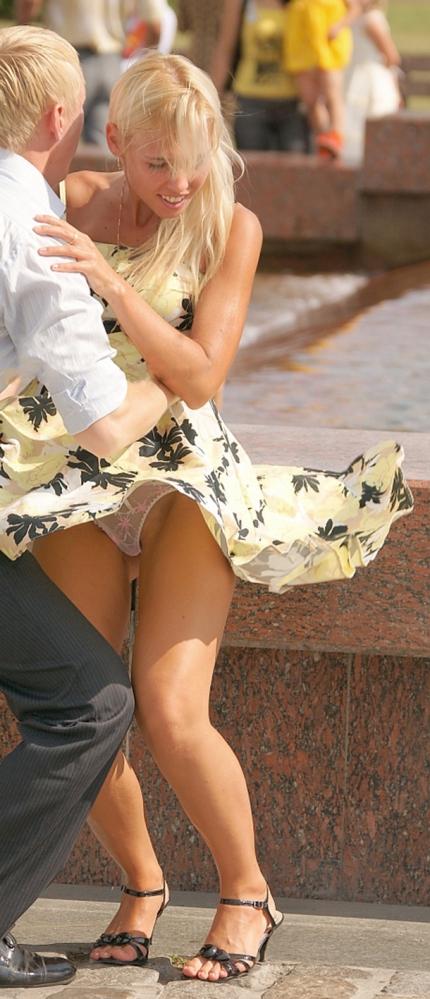 【パンチラ画像】世界中の女性達がパンチラばかりするのでその画像を集めてみましたww 06