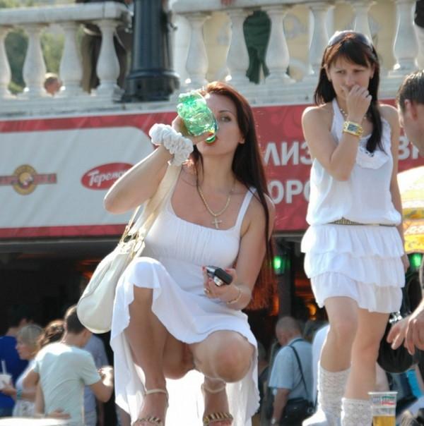 【ハプニング画像】いろいろやっちゃっている女の子達のハプニング画像を集めてみましたww 03