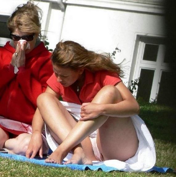 【ハプニング画像】外国人達の夏服がエロくてセクシーな画像を集めてみましたww 08
