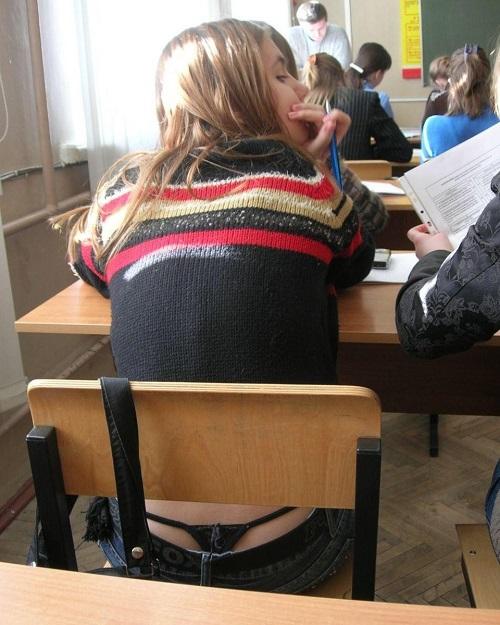 【ハプニング画像】外国人達の夏服がエロくてセクシーな画像を集めてみましたww 17