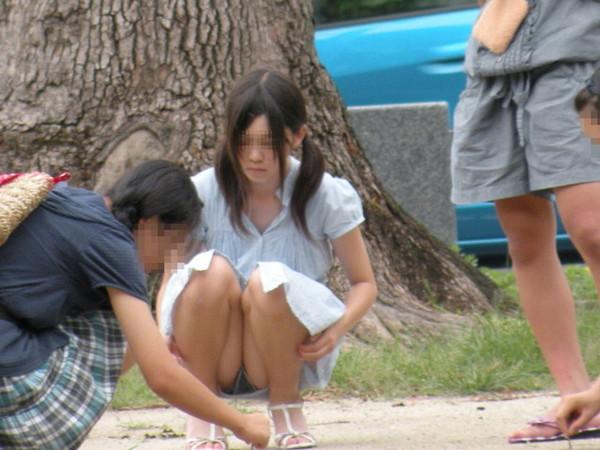 【ハプニング画像】いろんな女の子のいろんなパターンのハプニング画像を集めてみましたww 01