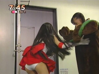 【放送事故画像】テレビでなんてエロい表情するんだこの女達は! 14