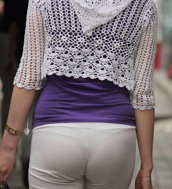 【透け画像】ちょっと待て~い!その服、そのズボン透けて下着見えてません?w 15