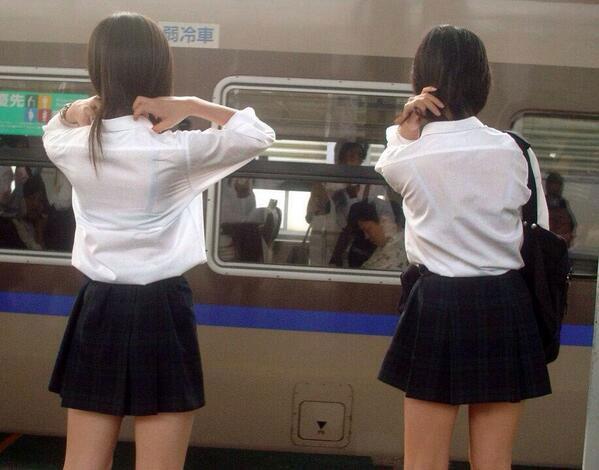【透け画像】ちょっと待て~い!その服、そのズボン透けて下着見えてません?w 18