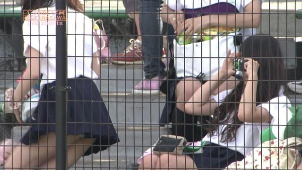 【放送事故画像】甲子園始まったし応援席のハプニング画像うPするわ! 12