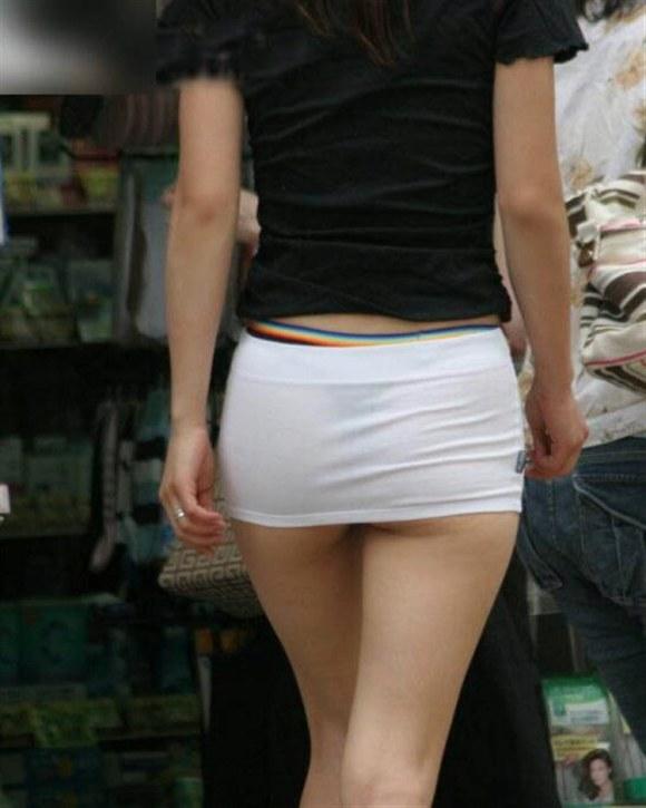 【透け画像】その透けて見えてるパンツはわざと見せてるんですか? 16