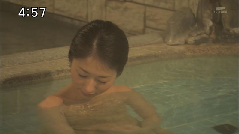 【入浴キャプ画像】際どいシーン満載の温泉レポ!いつポロリしてもおかしくないぞww 02