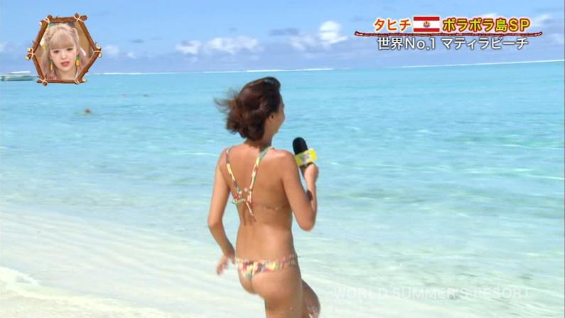 【お尻キャプ画像】水着やら下着からハミでるお尻の肉がエロすぎてたまらンゴwww 11