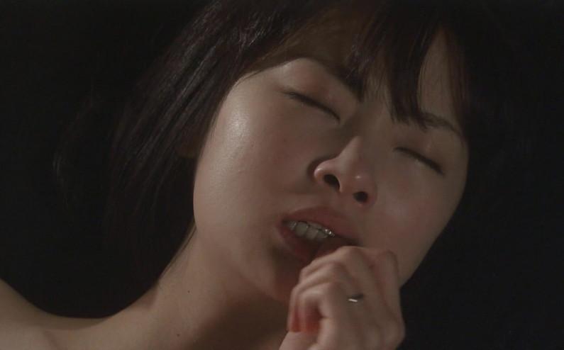 【逝き顔キャプ画像】芸能人の逝き顔が半端なくエロいwこの顔は完全に放送禁止だろwww 10