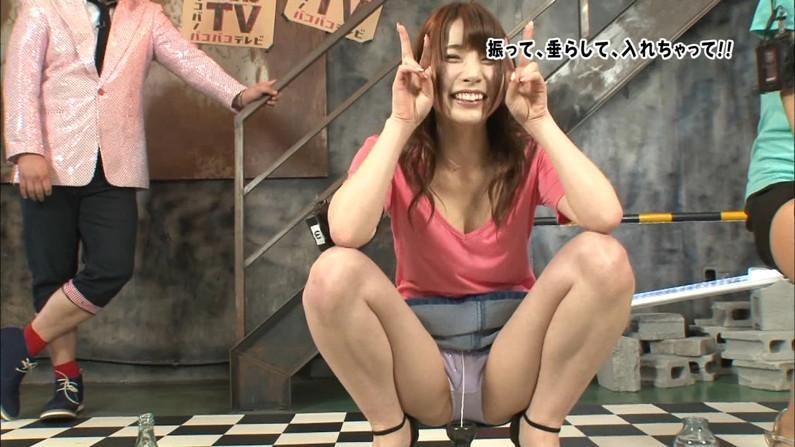 【放送事故画像】テレビでお股クパーしてマンコ注意な女性芸能人達wwww 08