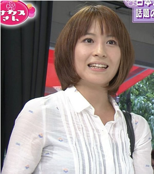 【脇汗放送事故画像】この時期に女性タレントが一番気にする放送事故がこれだwww 18