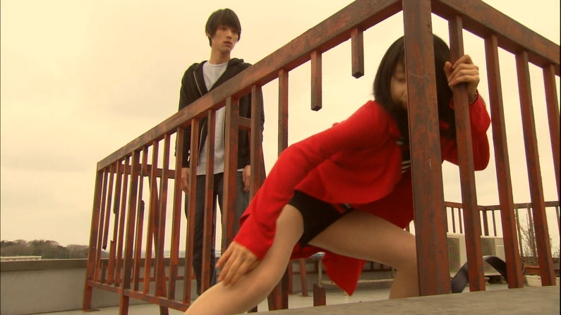 【ドラマキャプ画像】ドラマで映った過激なエロシーン!やっぱり昔のドラマは乳首丸出しなんだww 07