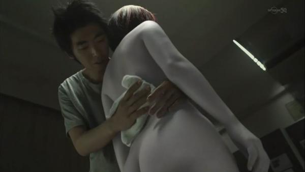 【ドラマキャプ画像】ドラマで映った過激なエロシーン!やっぱり昔のドラマは乳首丸出しなんだww 10