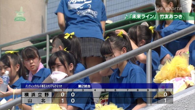 【甲子園エロ画像】この時期甲子園のスタンドはJKのパンツや透けブラが見放題になるww 04