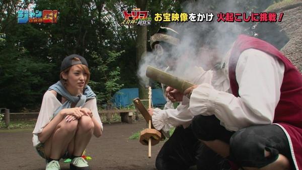 【放送事故画像】テレビでパンツ見せてる女達がこちらですww