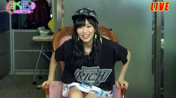 【放送事故画像】テレビでパンツ見せてる女達がこちらですww 16