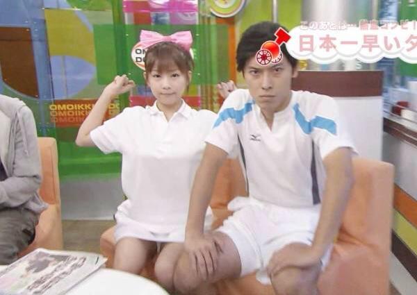 【放送事故画像】テレビでパンツ見せてる女達がこちらですww 18