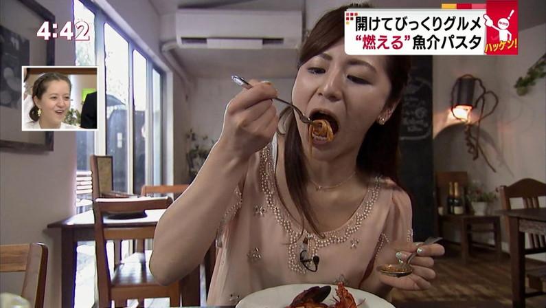 【擬似フェラ画像】エロすぎる顔で食レポする女子アナ達のこの表情を見てやってくれwww 12