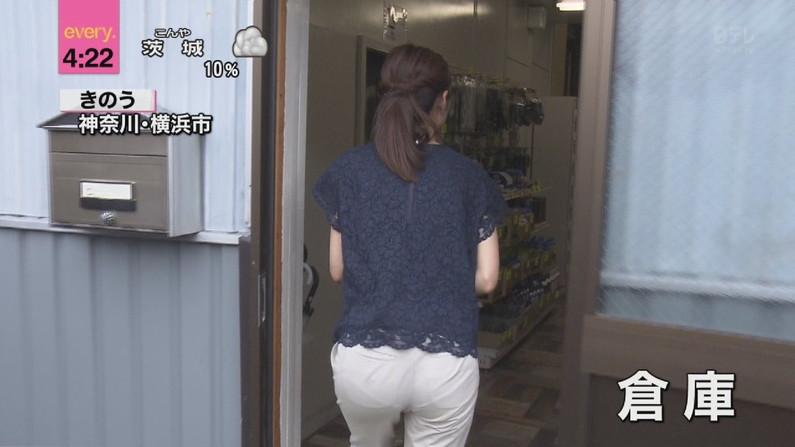 【お尻キャプ画像】女子アナ達のパン線浮きまくりなお尻がむっちりエロすぎるww 23