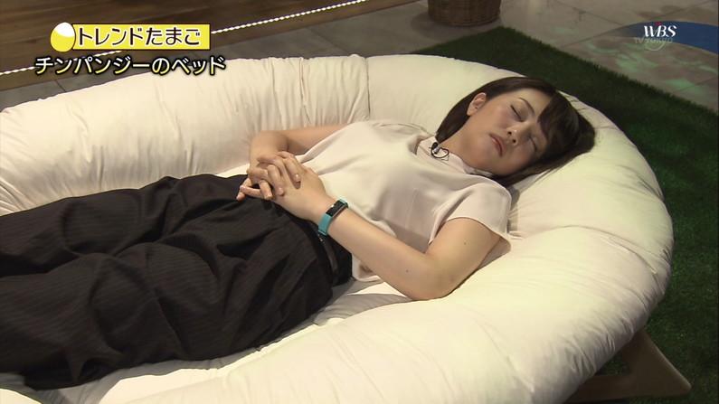 【寝顔キャプ画像】思わず夜這いでも仕掛けたくなるような、女子アナやアイドルの可愛い寝顔ww 14