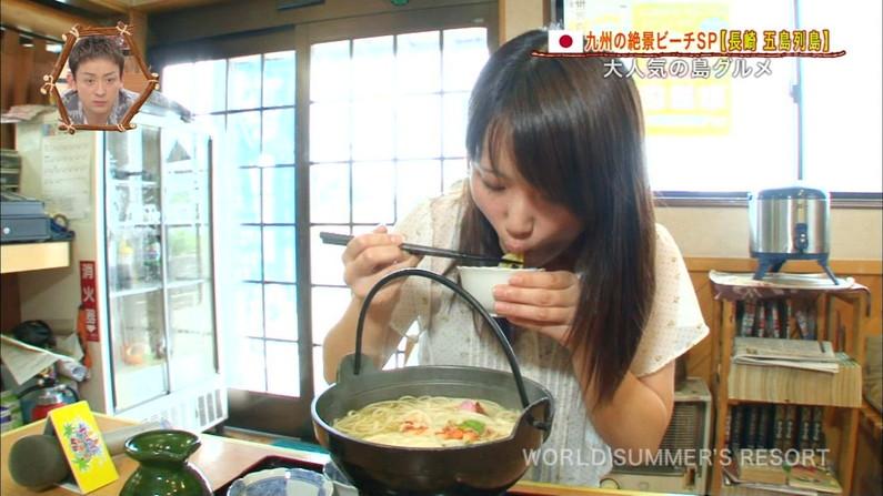 【擬似フェラキャプ画像】女子アナやアイドルって食レポの時にわざとこんなエロい顔してるのか?ww 24