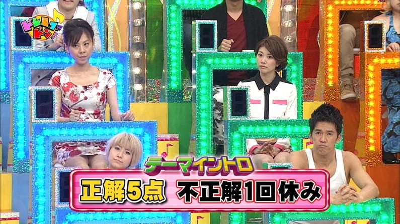 【パンチラ放送事故画像】女子アナやアイドルの見えてはいけない領域が見えた瞬間!! 14
