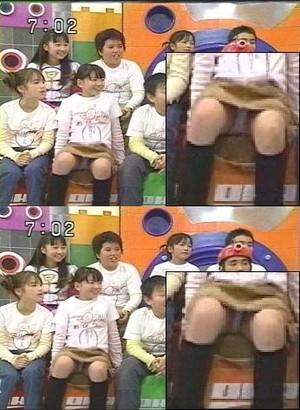 【放送事故画像】テレビに映ってる女達の股間やお尻が色々気になって仕方がない! 06