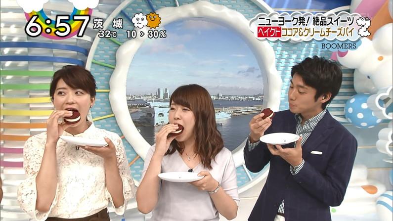 【擬似フェラキャプ画像】チンコ咥えるかのようにエロい食べ方するタレント達の表情がエロすぎるw 16