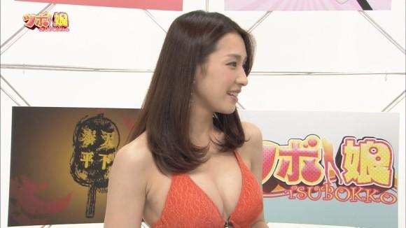【水着キャプ画像】夏は美女のオッパイアピール期間wエロいオッパイ思う存分テレビでアピールww 06