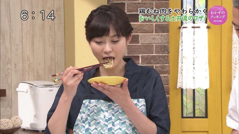 【擬似フェラキャプ画像】美味しそうにチンコ咥えてる姿が想像できちゃうタレント達のエッチな食レポww 14