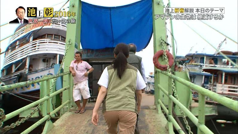 【お尻キャプ画像】女子アナの綺麗なヒップラインが丸わかりのピタパンお尻がエロッww 22