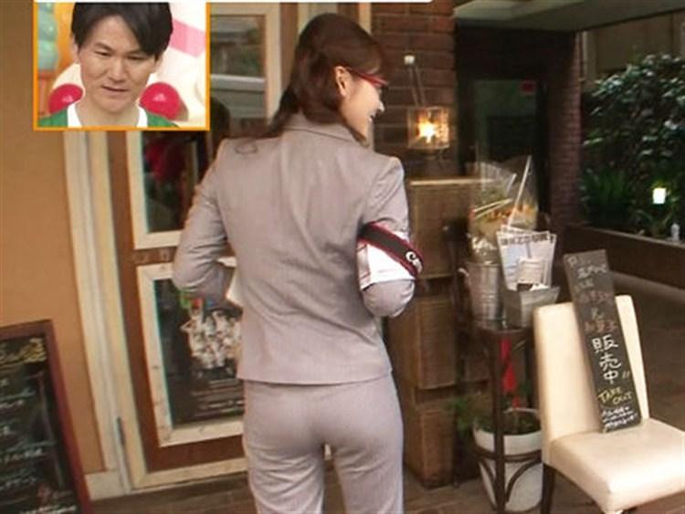 【お尻キャプ画像】女子アナの綺麗なヒップラインが丸わかりのピタパンお尻がエロッww 24