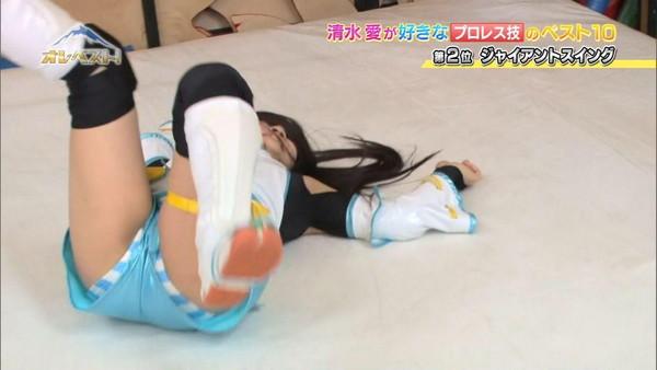 【放送事故画像】テレビでこんな事して羞恥心と言うものはないのか!! 14