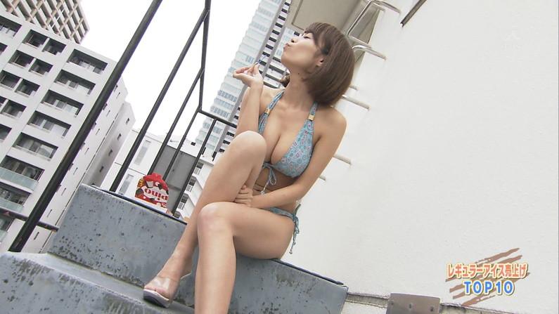 【水着キャプ画像】グラドルでも素人でもとりあえず巨乳美女の水着姿は視聴率がいいらしいw