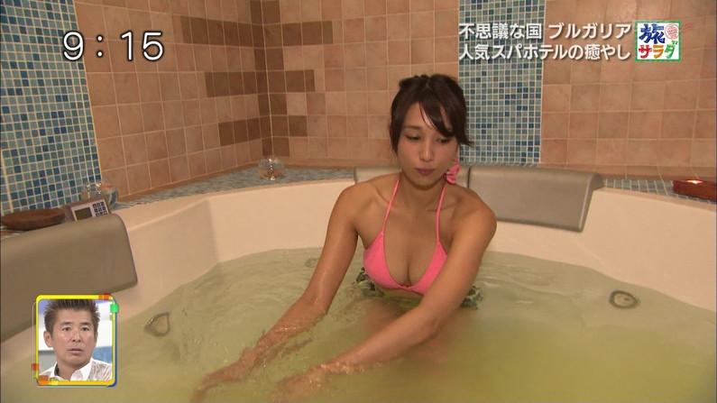 【温泉キャプ画像】温泉レポートで半乳晒してる女達って露出癖があるのか?ww 02