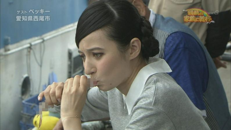 【擬似フェラキャプ画像】エロい顔して食べた子一等賞!今回のフェラ顔クイーンは?ww 11