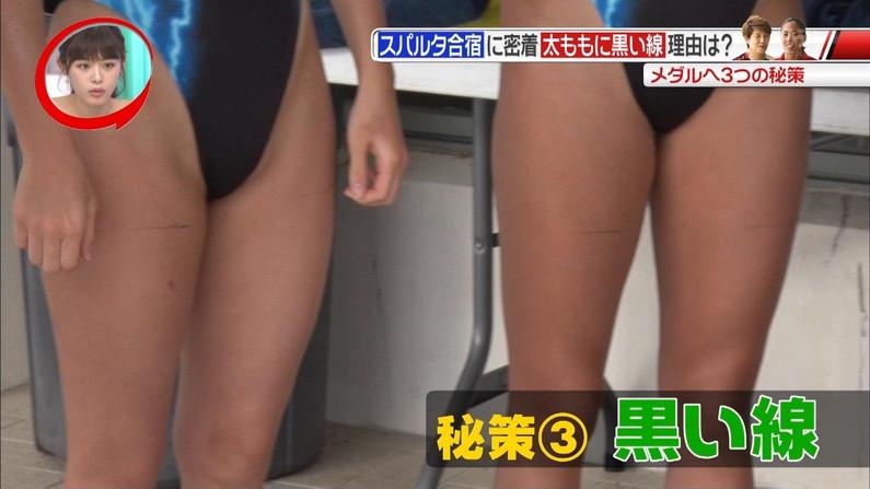 【太ももキャプ画像】私の綺麗な脚をもっと撮ってと言わんばかりに美脚を見せつけるタレント達ww 02
