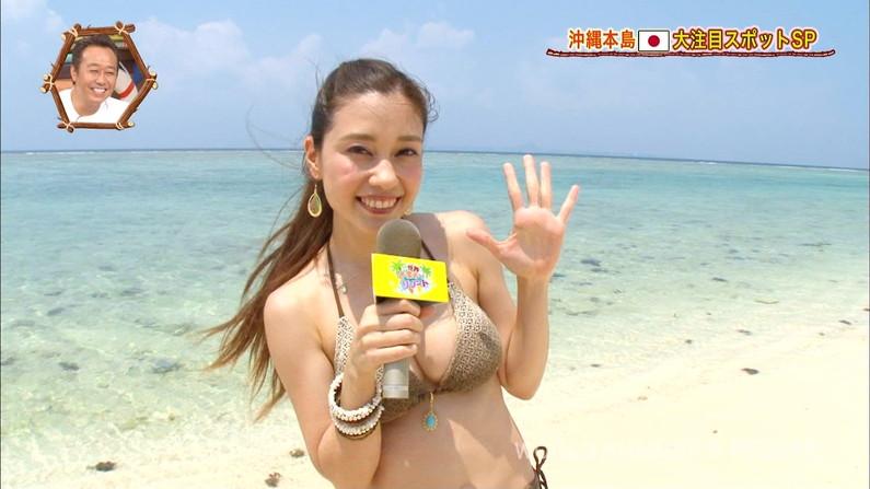 テレビで水着美女の巨乳を拝みたい!