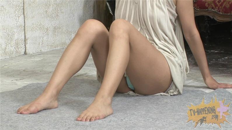 【お宝キャプ画像】ケンコバのバコバコTVでアナル見えそうな透け透け下着の美女が登場ww 53