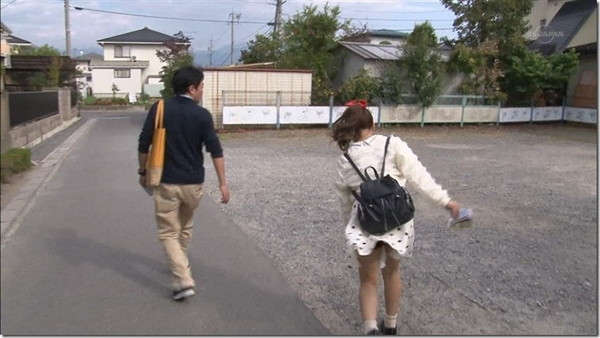 【放送事故画像】パンツ見てほしいらしく、テレビにまでパンツを晒す女達ww 11