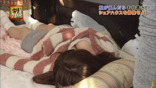 【放送事故画像】テレビに映る巨乳自慢達wどのオッパイがお好き? 15