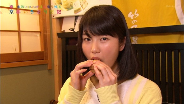 【放送事故画像】食べ物でフェラの練習するとはけしからん!だが、エロいww 18