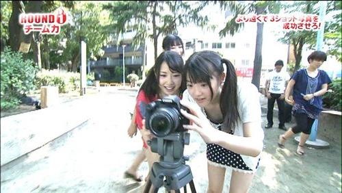 【放送事故画像】最近の女の子ってテレビでも谷間見せるくらいなんとも思ってないよなwww 08